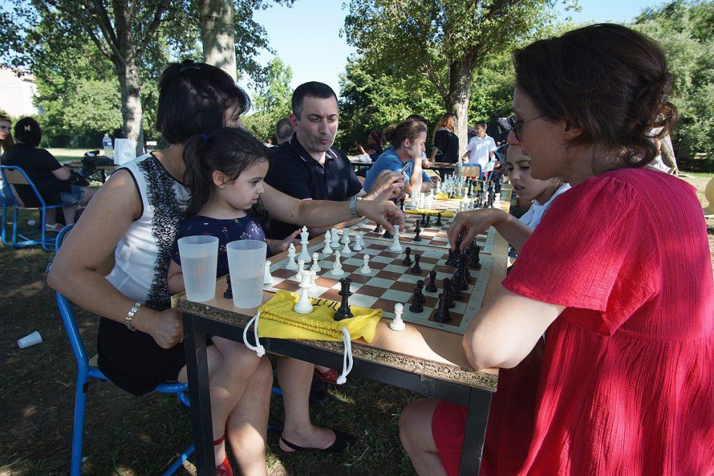 image_M. Ginosyan_échecs_fête du 30 juin_ALYNEA